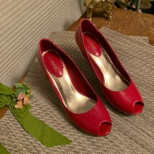 Connie Red Patent Leather Peep Toe Pumps Sz